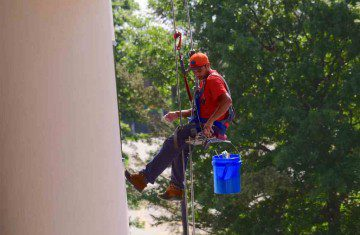 Window Cleaning Tricks – From The Masters Of The Trade